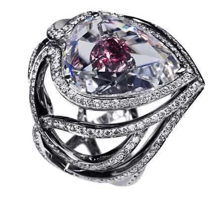 صورة خاتم دي بيرز مجوهرات عالمية للسعادة والحظ-شيخة نور الصادقة 0096176904084