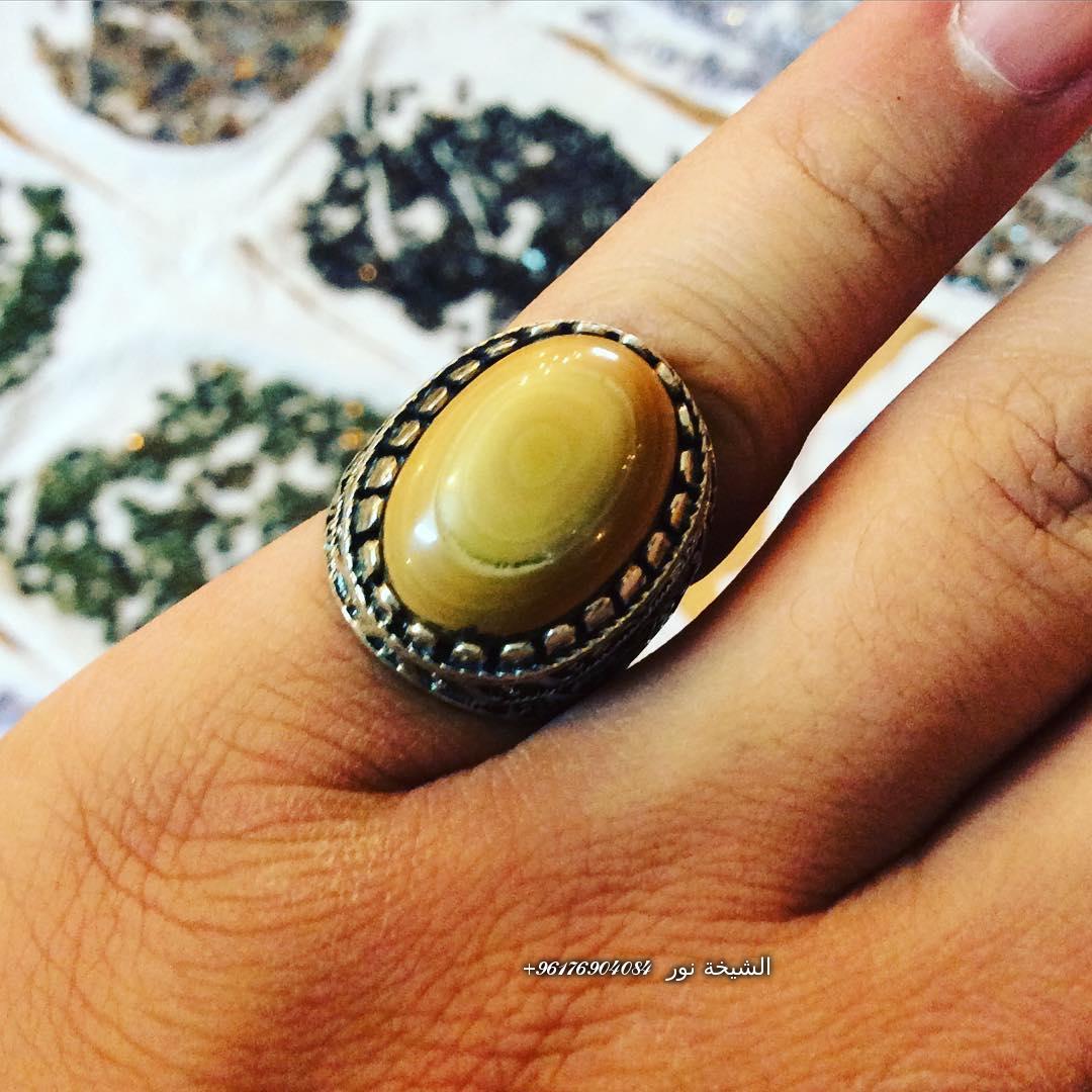 صورة خاتم لجلب البنات-افضل شيخة روحانية نور الصادقة 0096176904084
